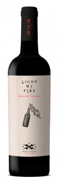 2019 Wines N' Roses Light My Fire